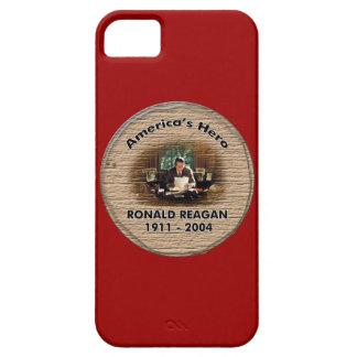 Monumento de Reagan - el héroe de América Funda Para iPhone 5 Barely There