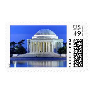 Monumento de Thomas Jefferson en la noche Timbres Postales