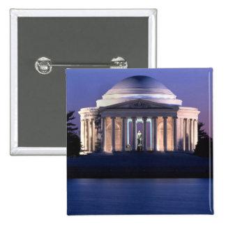 Monumento de Thomas Jefferson en la oscuridad
