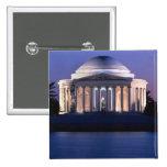 Monumento de Thomas Jefferson en la oscuridad Pin Cuadrado