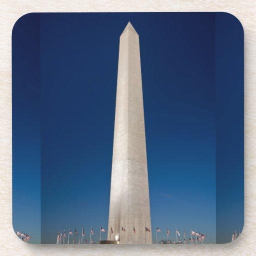 Monumento de Washington en la oscuridad Posavasos