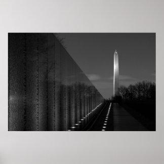 Monumento de Washington y pared B&W de Vietnam Póster