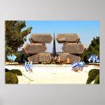 Monumento de Yad Vashem a los soldados y a los par Posters