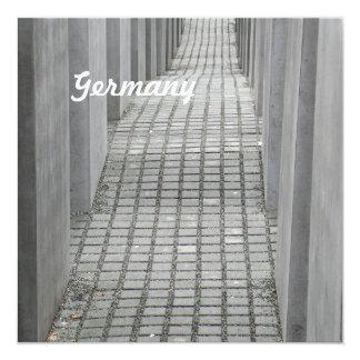 Monumento del holocausto invitación 13,3 cm x 13,3cm