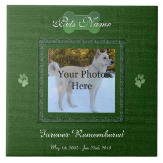 Monumento elegante verde del perro o del gato azulejo cuadrado grande