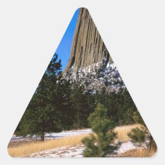 Monumento Wyoming de la torre de los diablos del Pegatina Triangular
