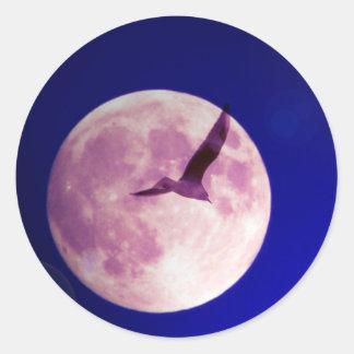 Moon bird round sticker