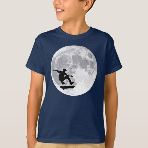 Moon skateboarding T_Shirt