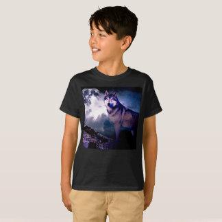 Moon wolf - gray wolf - wild wolf - snow wolf T-Shirt