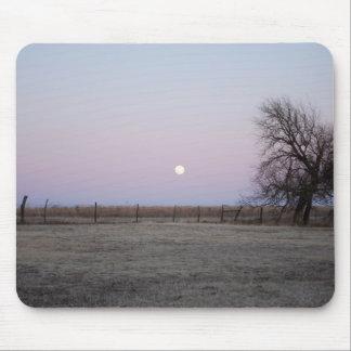Moonrise in Kansas Mousepad