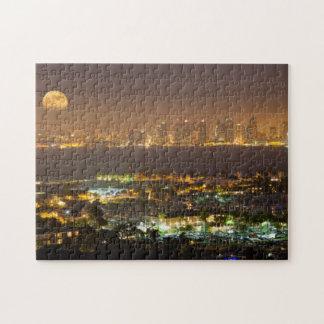 Moonrise over the San Diego skyline Jigsaw Puzzle