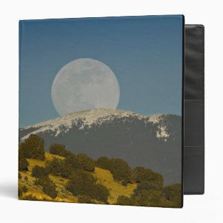 Moonrise over the Sangre de Cristo Mountains, Binder