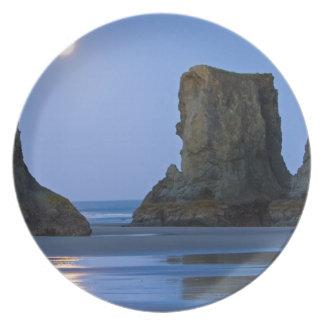 Moonset, Bandon Beach, Oregon. Melamine Plate