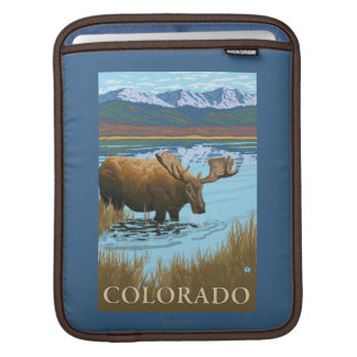 Moose DrinkingColorado Sleeve For iPads