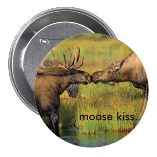 Moose Kiss Buttons