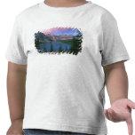 Moraine en el amanecer, Banff de Canadá, Alberta, Camisetas