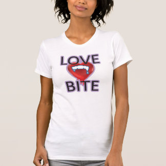MORDEDURA de AMOR gótica alternativa de la Camisetas