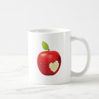 Mordedura roja de la manzana taza