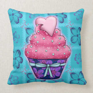 More nicely pink Cupcake with heart Throw Pillow