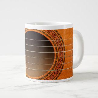 Moreno anaranjado de la guitarra clásica taza grande