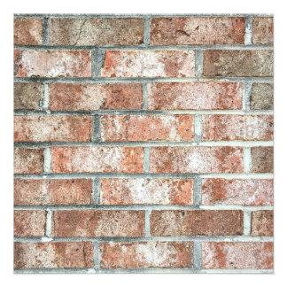 """Moreno rojo del fondo de los ladrillos de Brown de Invitación 5.25"""" X 5.25"""""""