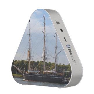 Morgan Whaling Ship Pieladium Speaker