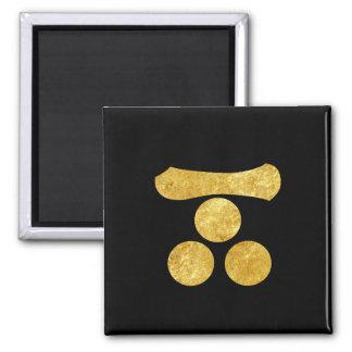 Mori Mon Japanese samurai clan gold on black Magnet