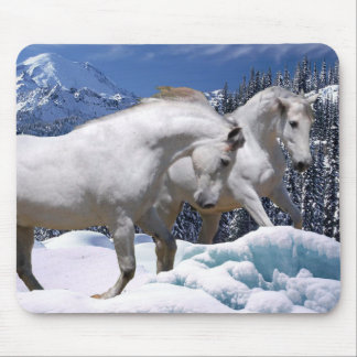 MORISCO & OSADA SNOW PLAY MOUSE PAD