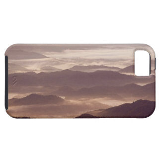 Morning fog in the southern Appalachian iPhone SE/5/5s Case