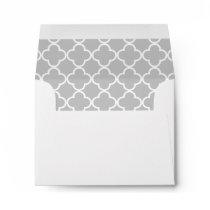 Moroccan Gray White Quatrefoil Pattern Envelope