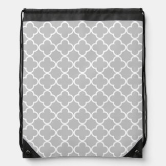 Moroccan Gray White Quatrefoil Pattern Drawstring Backpack