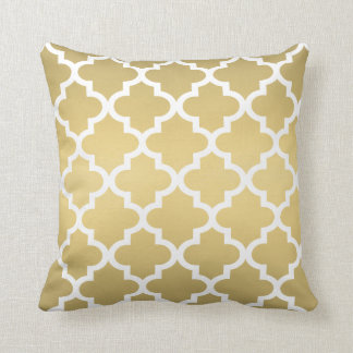 Moroccan Quatrefoil Pattern | Gold and White Throw Pillow