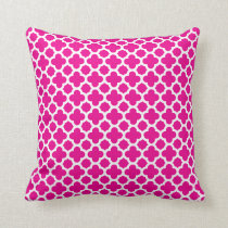 Moroccan Quatrefoil Pattern Hot Pink Throw Pillow