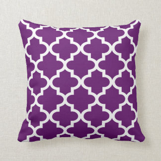 Moroccan Quatrefoil Pattern | Purple and White Throw Pillow