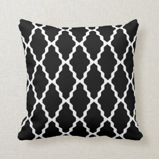 Moroccan Trellis Pillow in Black and White