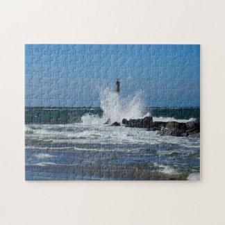 Morris Lighthouse Splash Puzzle
