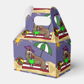 Morsa divertida en el dibujo animado de la playa cajas para regalos de fiestas
