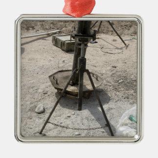 Mortar tubes metal ornament