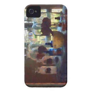 Mortero, maja y botellas por la ventana iPhone 4 protector