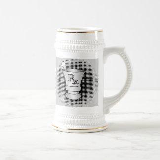 Mortero y maja jarra de cerveza