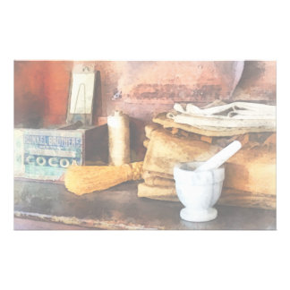 Mortero y maja y caja de cacao papelería de diseño
