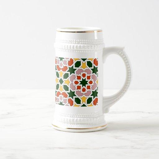 Mosaico 01 en flores de geometría marroquí en taza de café