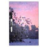 Mosaico abstracto de los árboles de la puesta del  pizarra blanca