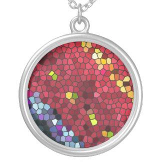 Mosaico colorido de Pentágono Collar Plateado