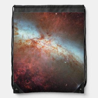 Mosaico de M82 Hubble con la supernova 2014 Mochila