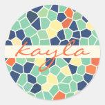 Mosaico enrrollado abstracto anaranjado colorido pegatina redonda