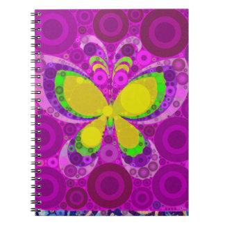 Mosaico púrpura fresco de los círculos concéntrico libro de apuntes con espiral