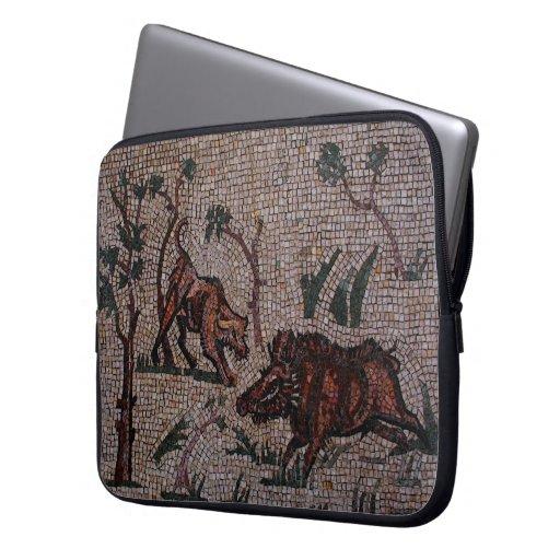 Mosaico romano del jabalí funda ordendadores