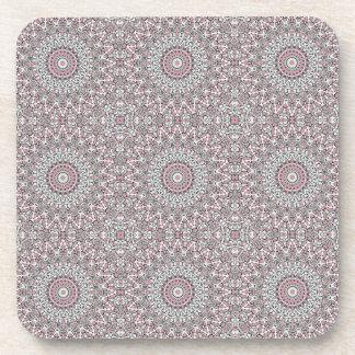 Mosaico rosado y gris posavaso