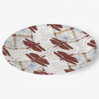 Mosca del dragón, caleidoscopio y placas de papel platos de papel